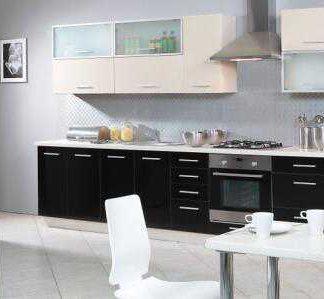 Kuchyně PLATINUM 320/380 cm, korpus jersey, dvířka vanilla + black